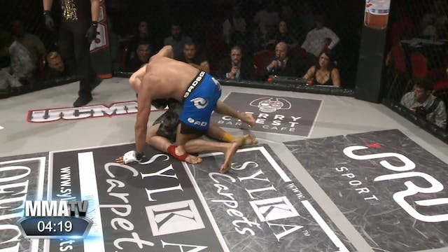 8 UCMMA Imran Khan vs  Michael Appleton
