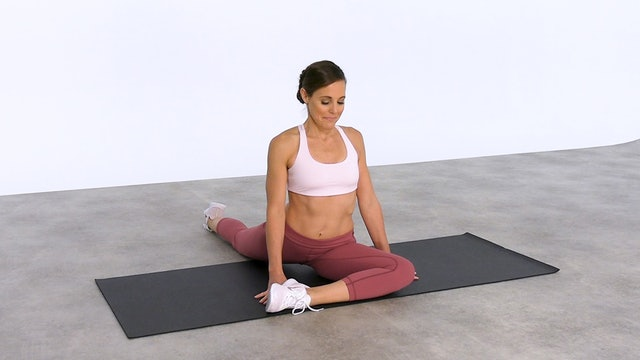 Stretch: 3 quick stretches for tight hips