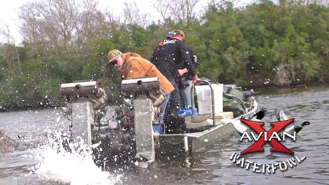 Louisiana Duck Hunting • Avian X Wate...