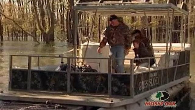 Dead Deer Walking • Hunting Big Bucks in Mississippi