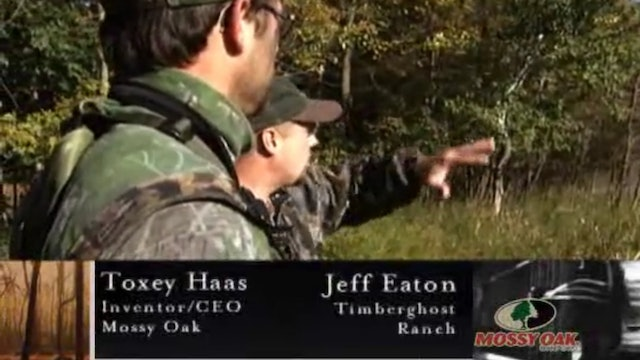 Whitetails in the Oak Flats • Big Iowa Bucks