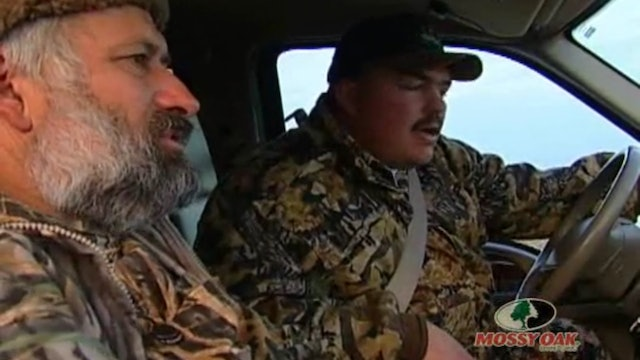 Shoulder Cannon Gumbo • Canadian Geese Hunt With Buck Paradise Outfitters