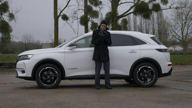DS7 Crossback Performance Line + Plug...