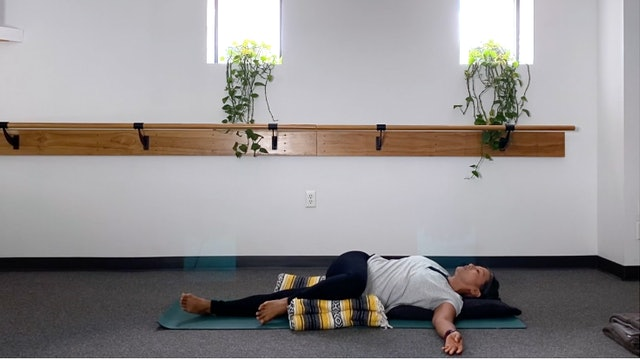 Restorative Yoga (4/1/20) with Karen