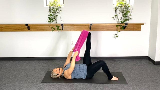 5 Minute Stretch (#10) with Stephanie