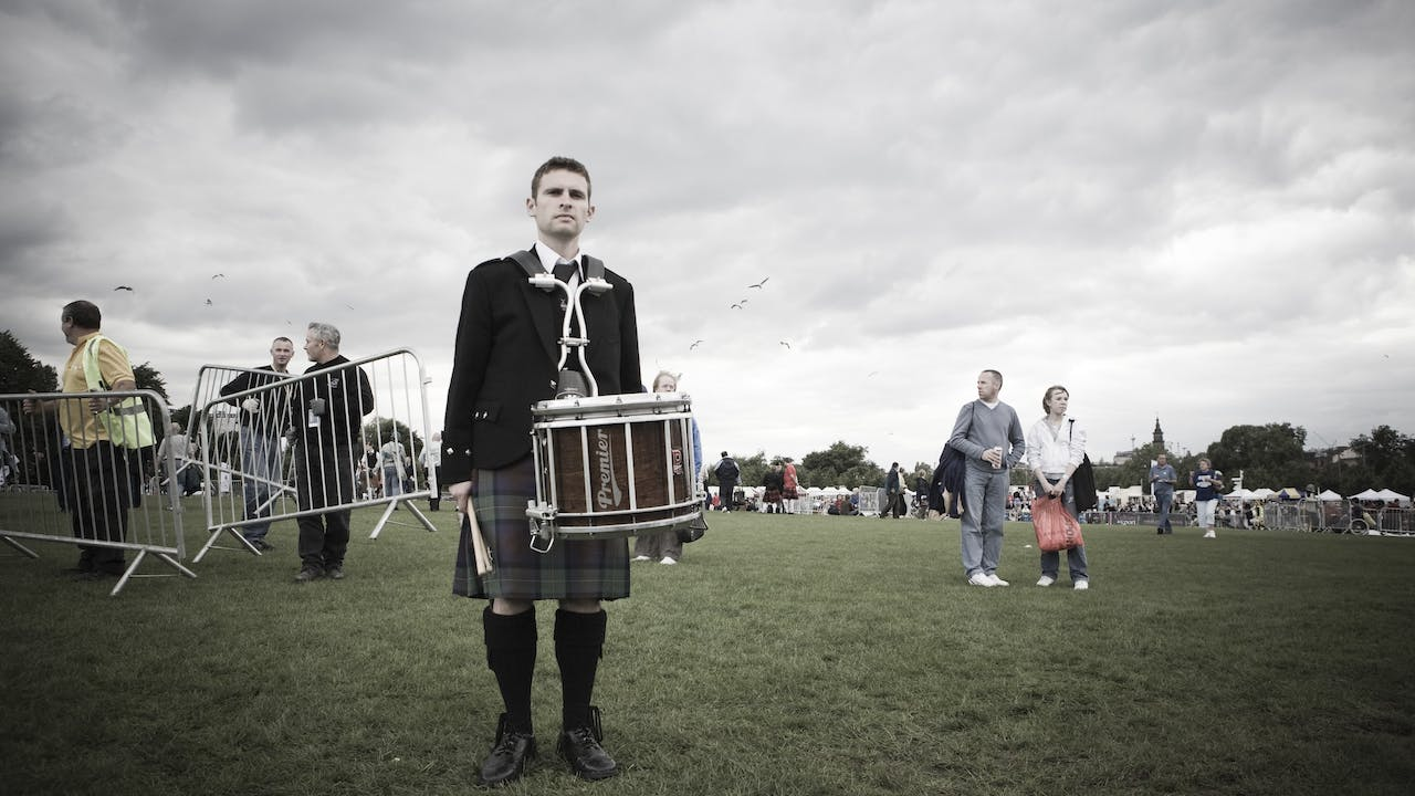 ON THE DAY: The Story of the Spirit of Scotland Pipe Band DELUXE EDITION