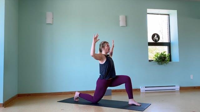 Vinyasa Flow with Lea | 45 mins