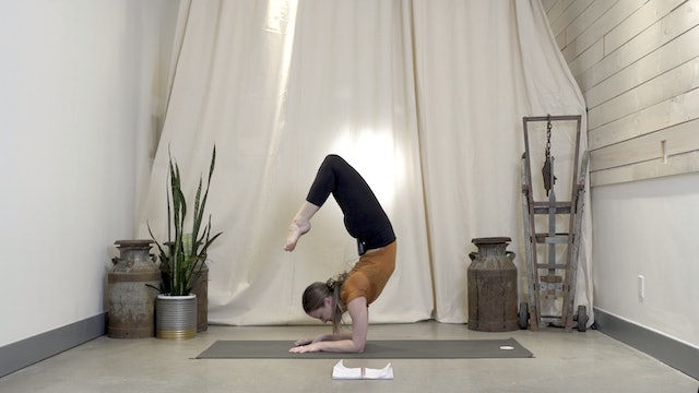 Forearm Stand with Jessica   20 minutes