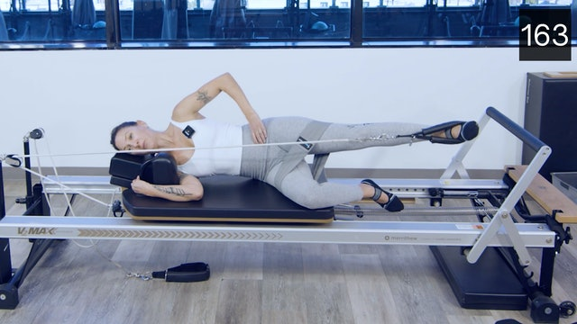 REFORMER - LEGS AND GLUTES WITH ERIKA