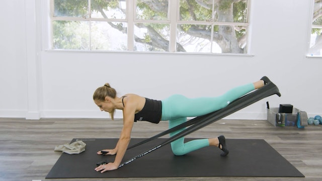 MAT - LEGS & GLUTES WITH THE FLEX-BAND