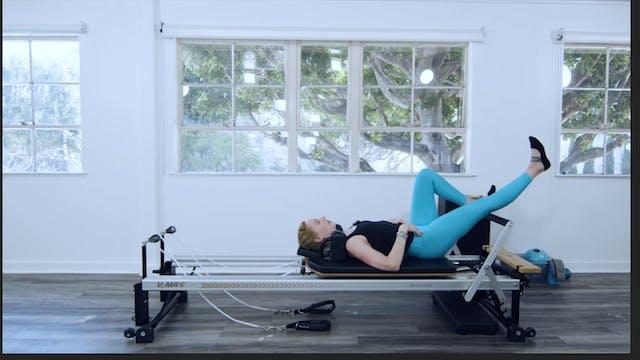 REFORMER - LEGS & ABS