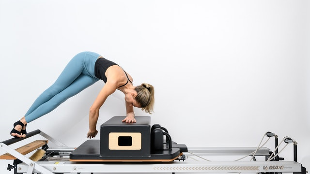 REFORMER - GLUTES / ABS / ARMS WORKOUTS