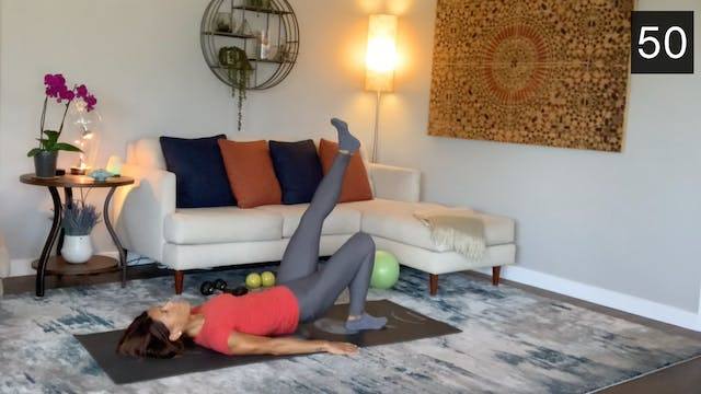 MAT - LEGS AND GLUTES  WORKOUT