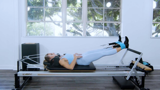 REFORMER - FULL BODY WORKOUT USING THE BOOTY BAND