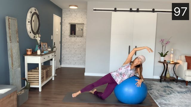 MAT - STABILITY BALL WORKOUT WITH CAM...