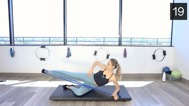 MAT - LEGS & GLUTES WORKOUT