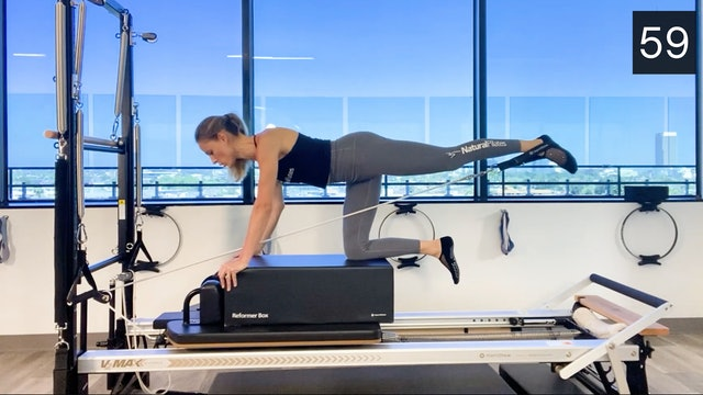 REFORMER - ARMS/GLUTES/ABS WORKOUT