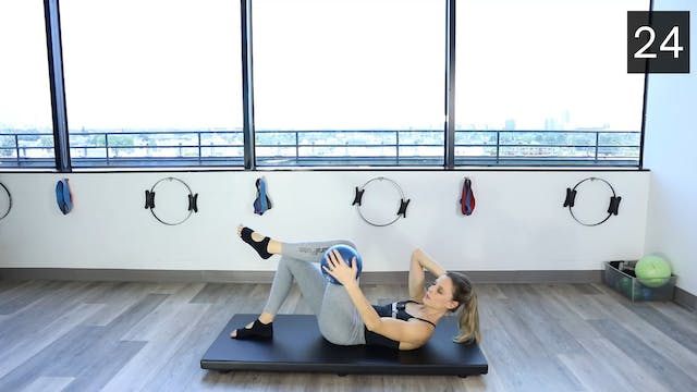 MAT - PILATES BALL WORKOUT