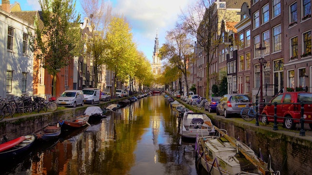 Autumn in Amsterdam 1 HR Nature Relaxation Film (+Music) in 4K