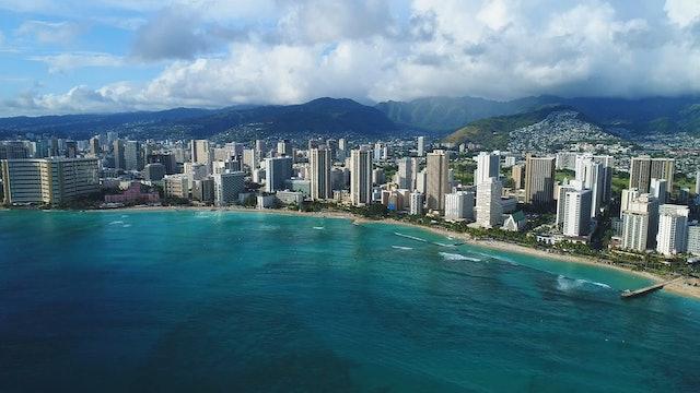 Surfing Honolulu 7 Minute Short Ambient Film + Upbeat Music