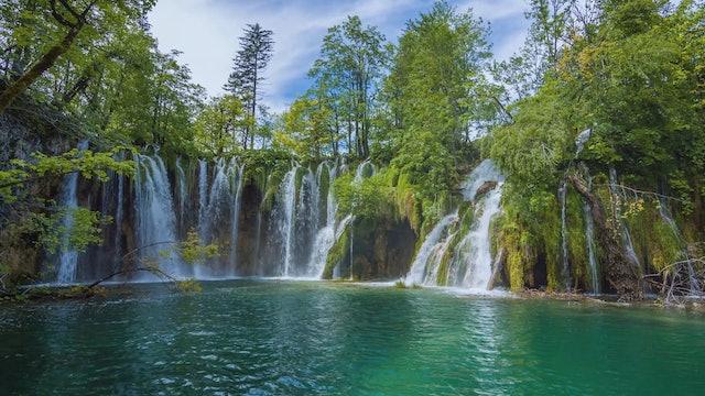 Crystal Waterfall Flowing in Croatia 1HR Static Nature Scene in 4K
