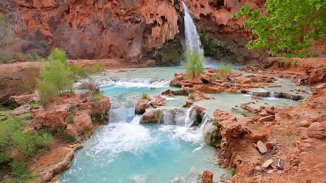 Havasu Falls Flowing 1 HR Static Nature Video Scene