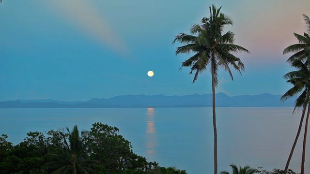 Moon of Heaven (Nature Sounds) 12 Min...