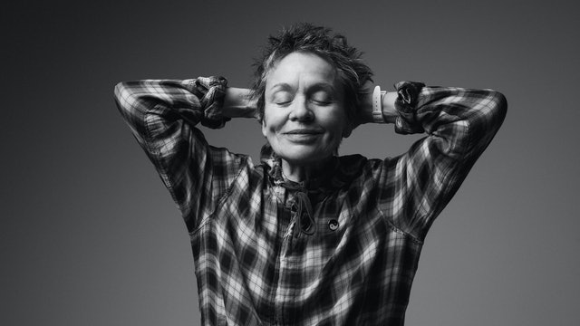 El corazón de una artista: encuentro virtual con Laurie Anderson