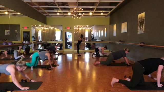 Knoxville Live 55 Minute Barre Classic With Katy!