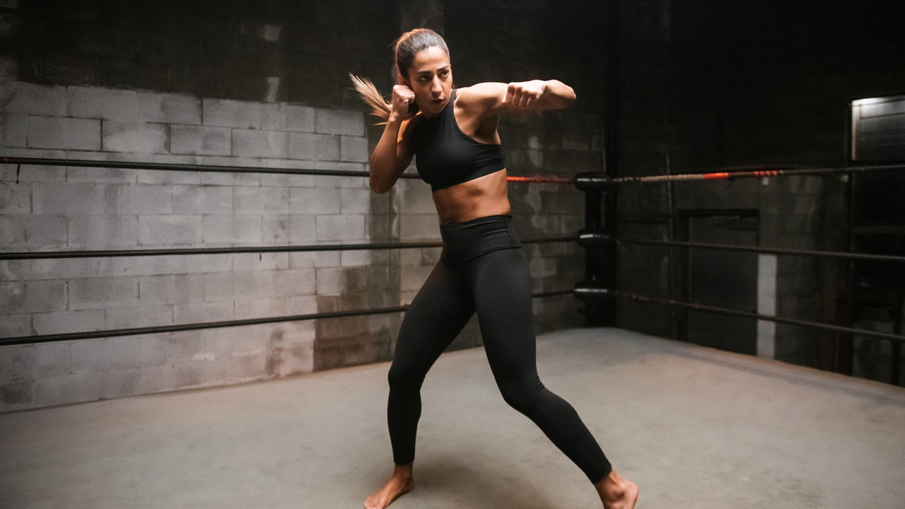 PRACTICE | Kickboxing Foundations with Farinaz Lari