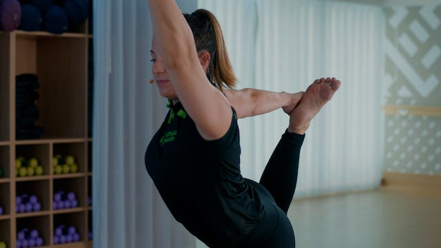 Fluid Vinyasa Flow Yoga with Zoe
