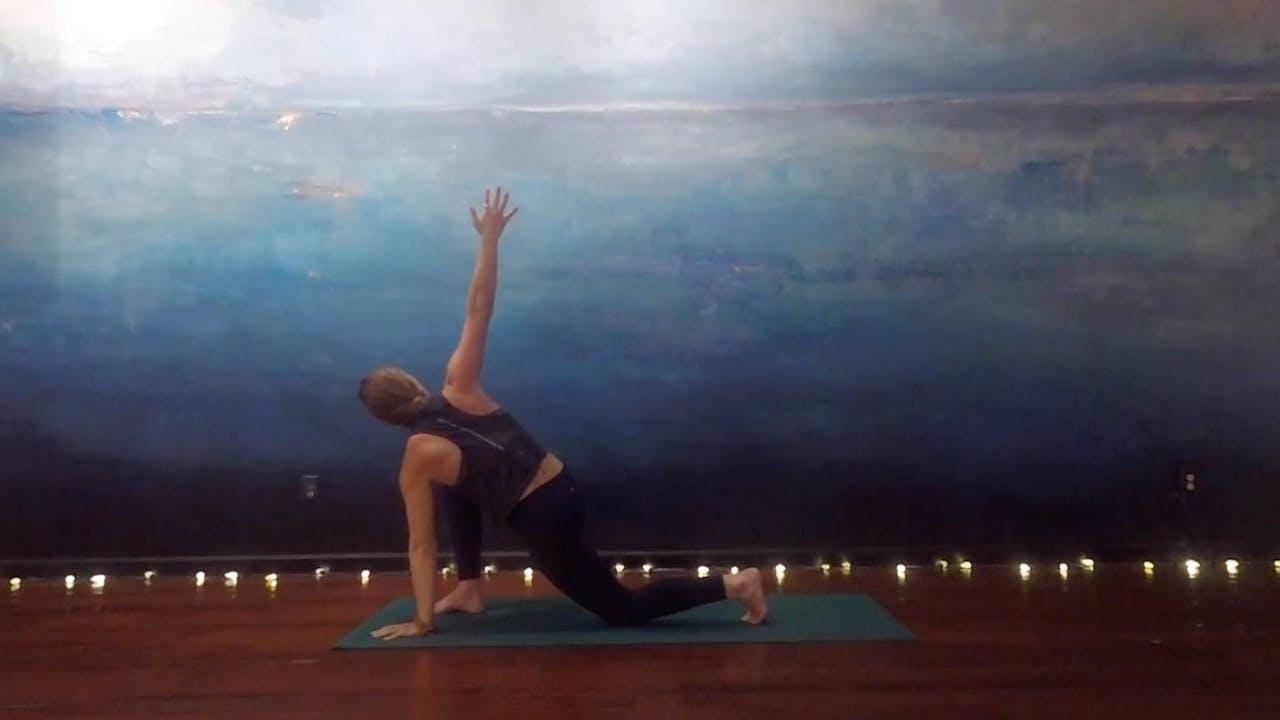 Seaside Yoga - Alignment-based Vinyasa w Lindsey