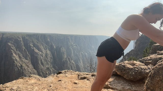 Mid-hike Movements with Lizzy Allen_1...