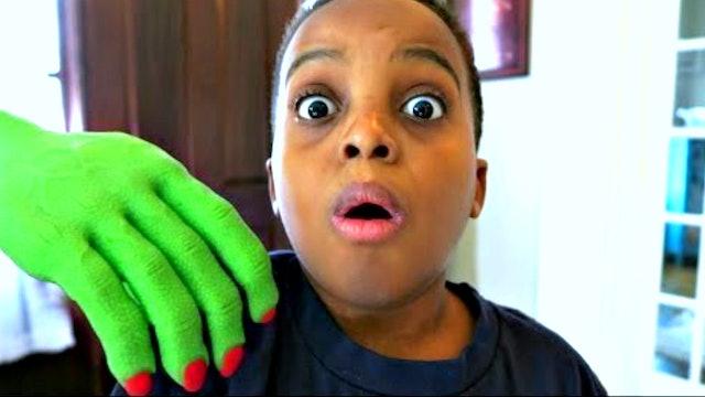 Creepy Hand Follows Shiloh and Shasha!