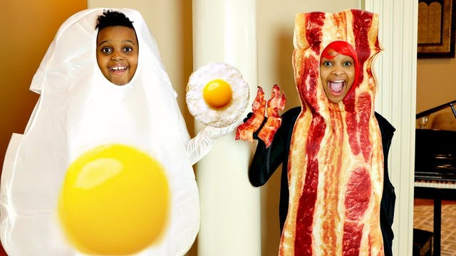 Bacon vs Eggs!