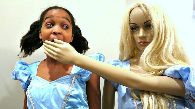 Cinderella Mannequin Attacks Shasha!