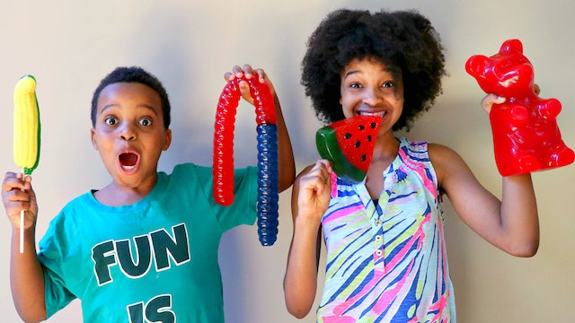 Shasha and Shiloh try a Gummy Restaurant!