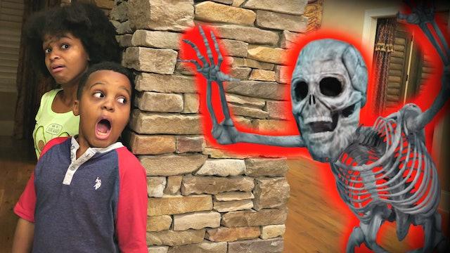 Shiloh and Shasha's Haunted House!