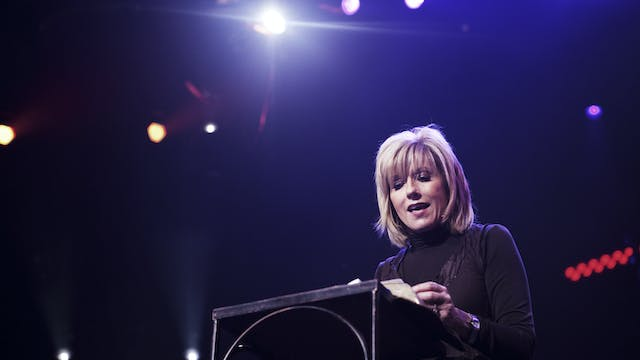 The Captivated Mind - Beth Moore