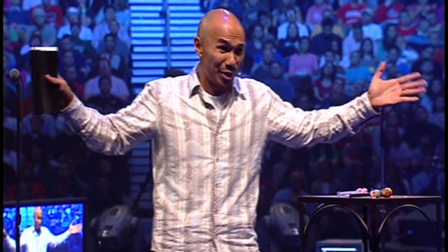 Passionately Loving God in a Lukewarm Church - Francis Chan