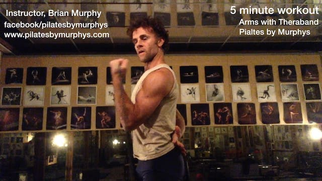 Theraband:   biceps triceps (Intermediate) (4:40)