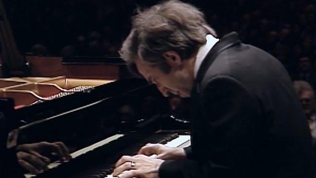 Vladimir Ashkenazy Performs Beethoven