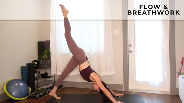 Julia: Flow & Breathwork for Empowerment