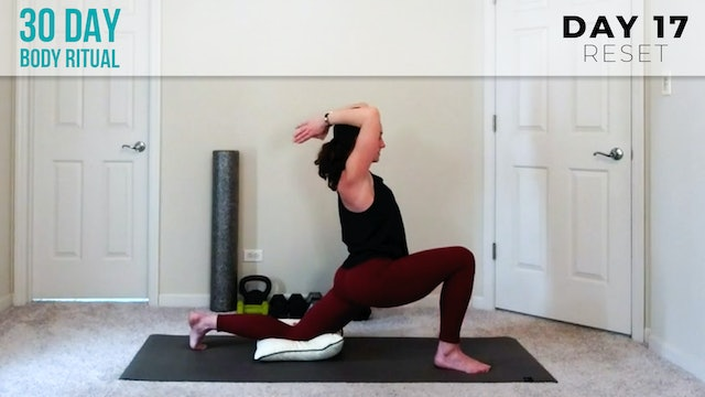 Hannah: Neck & Shoulders Recovery Flow