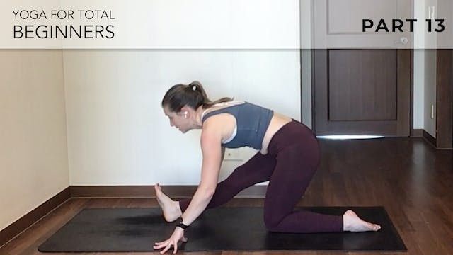 Evelyn -  Yoga For Beginners: Hip Mob...