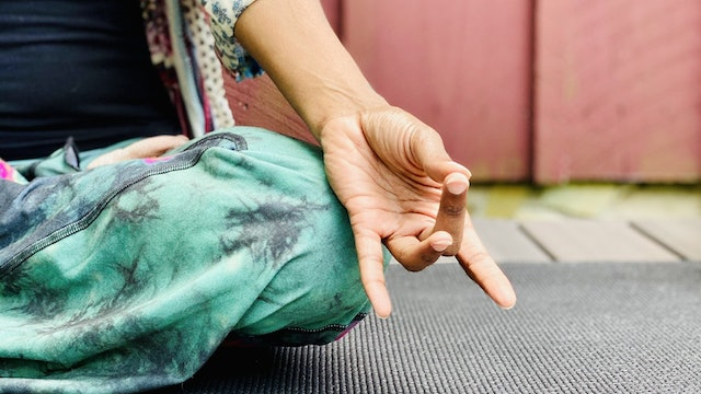 Introduction to Yoga Mudras for Healing