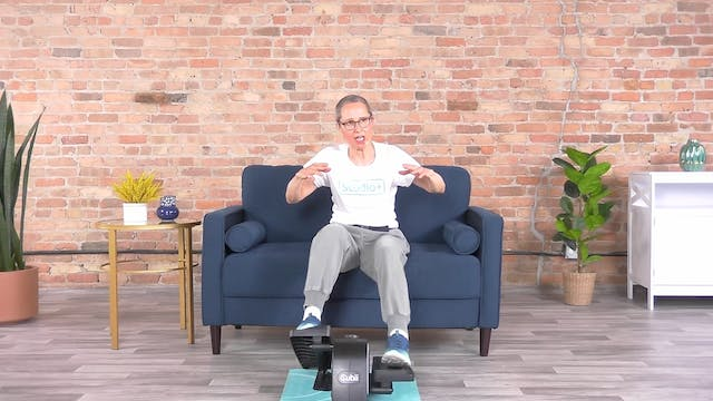 30-Min Cardio Boxing with Sandy