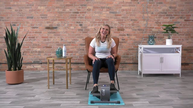 20-Min Cardio Pedal with Andrea