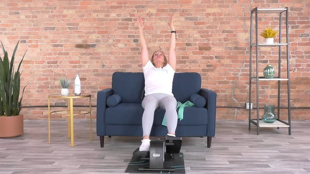 30-Min Pilates Crunch with Andrea