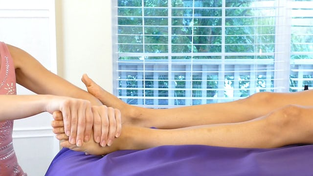 Healthy Habits & Leg Massage with Melissa